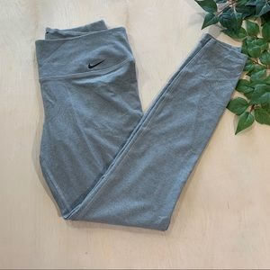 Nike Dri-Fit Gray Cropped Leggings Yoga Pant 26""